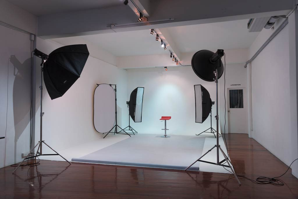 Our Photography school and studio Bangkok.